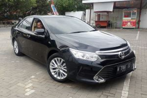 Sewa All New Camry di Semarang