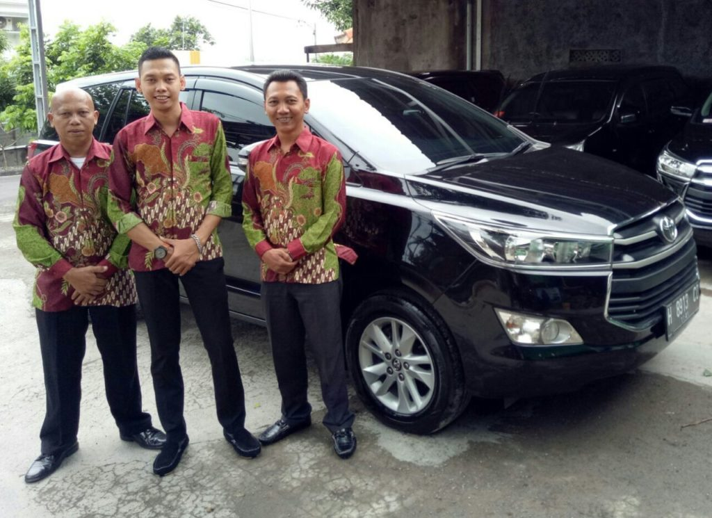 driver suket rent car